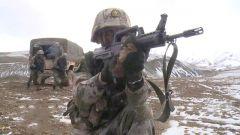 【第一军视】巍巍昆仑 七月飞雪 看极限条件下侦察分队悄无声息深入敌后