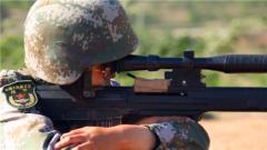 當話務女兵愛上狙擊槍