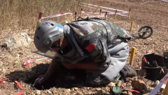 """黎巴嫩:中国第18批扫雷官兵打造""""中国速度"""""""