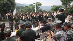 广西拥军机构与爱心人士走进某边防旅 与官兵共叙鱼水情
