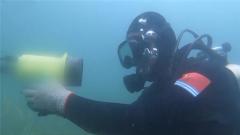 终极考验来了 潜水员巧用工具成功排除智能水雷
