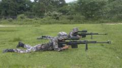 厲害了!10式狙擊步槍200米外點燃導火索