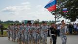 俄罗斯参赛队通过主席台