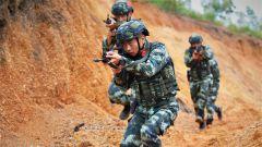 广西来宾:实战练兵 锤炼反恐精英