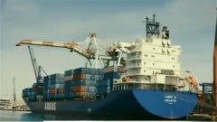 專家:美方出爾反爾背信棄義 貿易霸凌主義貽害全球