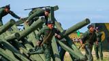 委内瑞拉参赛队员通过鹿砦。