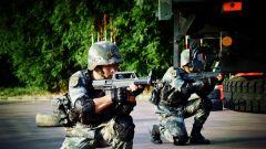 高温酷暑,镜头带你走进汽车兵的实战化训练场