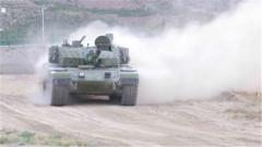 幾秒就翻越斷崖障礙 99A坦克的機動性能測試令人稱贊