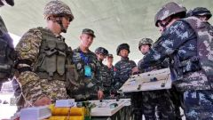 """中吉""""合作-2019""""联合反恐演练开展专业技术训练"""