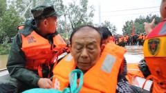 """""""利奇马""""来袭 武警济南支队官兵奋战一线抢险救灾"""
