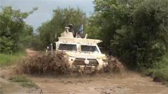南苏丹:中国维和步兵营官兵执行短途巡逻任务