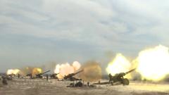 天山脚下 检验炮兵群实弹射击效能