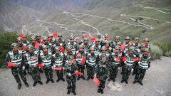 驻藏武警用嘹亮歌声向伟大祖国深情告白