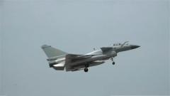 探秘空军航空兵部队:贴地飞行 歼-10战机低空突击