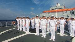【第一军视】即将驶离祖国传统疆域线 海军第33批护航编队举行宣誓签名仪式