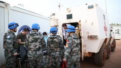 非洲马里:中国维和医疗队紧急救治外军维和人员
