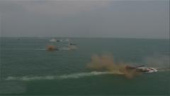 探秘合成部队:两栖重型装甲 海上爆发强大火力