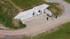 25米外就是原子弹爆轰试验 这个机械室如何免受伤害?