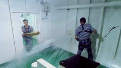 船舱受损海水大量涌入 参赛学员分工明确快速堵漏