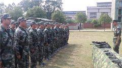 军营开放日 近距离体验军营生活
