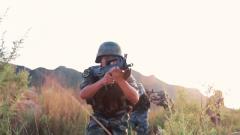 """陆军第82集团军某特战旅:多要素协同""""敌后猎杀""""演练"""