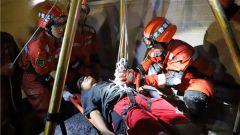 昼夜连贯救援演练 淬炼部队抢险能力