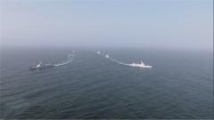 亚丁湾 海军两批护航编队分航