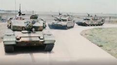 【第一军视】99式坦克油门拉线断裂 他做出了一个大胆的举动