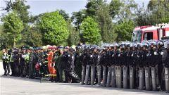 云南曲靖:军警联合开展反恐演练