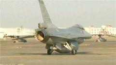 比利时空军战机坠毁 飞行员弹射逃生