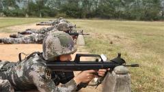 陆军第73集团军某旅组织新转士官开展多科目连贯考核
