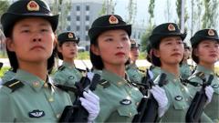 【直击2019阅兵训练场】女兵自信嘹亮的口号让播音主持专业的记者自叹不如