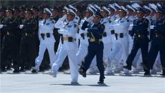 【第一军视】探秘阅兵训练场 领导指挥方队将首次亮相阅兵