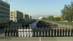 领导指挥方队:步调一致 联合制胜
