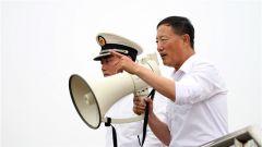 """【阅兵故事】主教练潘立新 海军方队里最酷的""""老兵"""""""