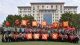 """回望来路,砥砺初心,团结奋进,再创辉煌。近日,为庆祝新中国成立70周年,陆军工程大学开展了""""我与国旗同框我向祖国告白""""活动,从演训场、比武场、工作岗位等多地传回了他们与国旗的合影照片,为祖国送上了最真挚的祝福。"""