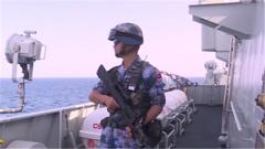 """""""海盜巷""""護航危機四伏 中國海軍走向遠海出色完成護航任務"""