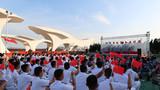 """为庆祝新中国成立70周年,北部战区海军某护卫舰支队举办了一场以""""战歌嘹亮颂祖国""""为主题的歌咏会,表达拳拳爱国之情,祝福祖国繁荣昌盛。"""