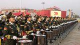 直击2019大阅兵,中国军视网记者带您看现场。万众瞩目的阅兵仪式即将开始了,这是阅兵各个方队正在准备的画面。