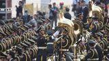 直击2019大阅兵,中国军视网记者带您看现场。万众瞩目的阅兵仪式开始,这是阅兵各个方队正在准备的画面。