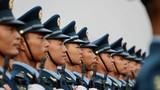 直击2019大阅兵,中国军视网记者带您看现场。这是阅兵前方队正在准备。