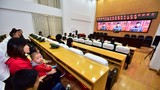 10月1日上午,慶祝中華人民共和國成立70周年大會在北京天安門廣場隆重舉行。武警云南總隊曲靖支隊官兵與家屬通過電視、網絡、收音機等多種形式收看、收聽大會盛況。