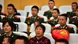 武警云南總隊曲靖支隊官兵與家屬通過電視、網絡、收音機等多種形式收看、收聽大會盛況。