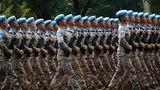 2019年10月1日上午,庆祝中华人民共和国成立70周年大会在北京天安门广场隆重举行。这是受阅的维和部队方队。徐晓羽摄
