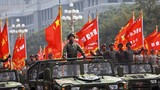 2019年10月1日上午,慶祝中華人民共和國成立70周年大會在北京天安門廣場隆重舉行。這是行進中的戰旗方隊。徐曉羽攝