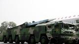 2019年10月1日上午,庆祝中华人民共和国成立70周年大会在北京天安门广场隆重举行。这是东风-17常规导弹方队。徐晓羽摄