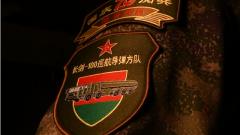 """他們為勝利亮劍!""""百分方隊""""的""""百分精神"""""""