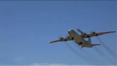 海军:战鹰从这里飞向阅兵场