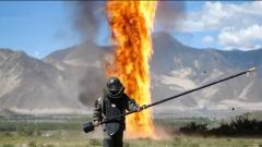 直击武警特战队员排爆训练