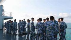 海军戚继光舰首次通过托雷斯海峡